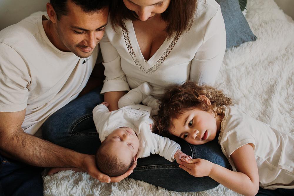 séance photo naissance en famille
