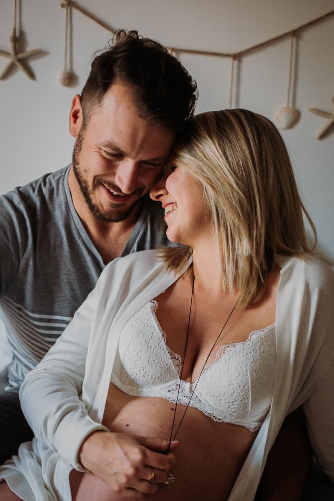 séance grossesse en couple à Cassis